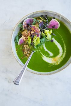 Ten Ingredient Alkalizing Green Soup  	Recipe  - Ten ingredients in a blender and you've got a potent, alkalizing green soup - spinach, herbs, garlic, with silky coconut cream, and some green split peas for staying power. - from 101Cookbooks.com