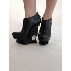 EXCIDIUM shoes - high_black_ankle_bootie green_metalic_silk_acrylic insert  Chris van den Elzen x Judith van Vliet