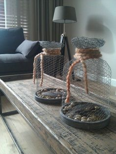Crush Cul de Sac: Photo - you can't have everything, where would you put it? Best Picture For diy For Your Taste You are - Crafts For Teens To Make, Crafts To Sell, Home Crafts, Diy And Crafts, Chicken Wire Art, Chicken Wire Crafts, Diy Inspiration, Cement Crafts, Creation Deco
