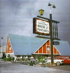 The International House of Pancakes. It used to look and feel like a European Alps type hamlet, that you went to for international flavors of pancakes. Vintage Restaurant, Vintage Diner, Vintage Signs, Vintage Ads, Vintage Stores, Vintage Hotels, Retro Ads, Vintage Stuff, Restaurant Design