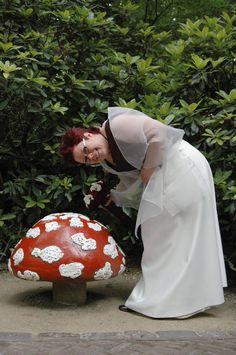 Gaby Langeveld heeft met haar man trouwfoto's laten maken in de Efteling. Ze deelde een solofoto van haar trouwreportage in de Efteling.