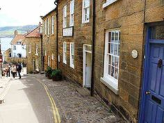 30 great robin hoods bay holiday cottages images in 2019 rh pinterest com
