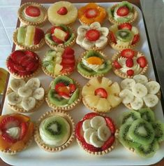 I mean that's still cute and s , doubt I would create something even remotely appealing Appetizer Buffet, Appetizer Recipes, Dessert Recipes, Mini Fruit Tarts, Mini Tart, Antipasto Skewers, Food Decoration, Food Crafts, Mini Desserts