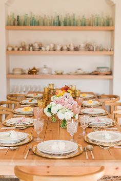 An ombre tablescape for autumn