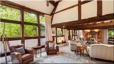 rusztikus enteriőr (Szép házak, luxuslakások 8) Pergola, Outdoor Structures, Patio, Outdoor Decor, Modern, Home Decor, Trendy Tree, Decoration Home, Room Decor
