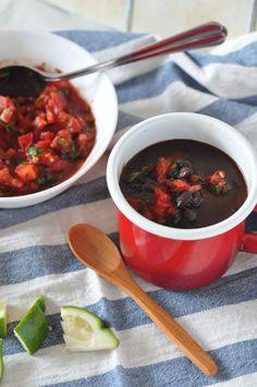 Starbooks: BLACK BEAN SOUP WITH SALSA SOFRITO. Zuppa di fagioli nera con salsa sofrito