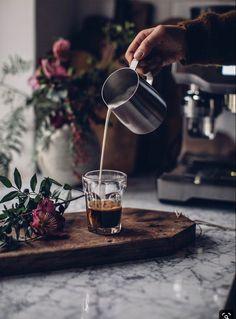 Coffee Shot, Coffee Cafe, Coffee Humor, Iced Coffee, Coffee Quotes, Coffee Logo, Coffee Drinks, Funny Coffee, Coffee Enema