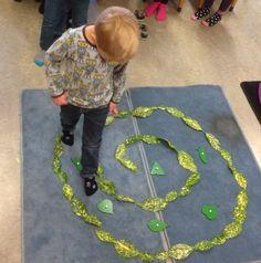 Doolhof met bladeren (herfst) - Montessorinet