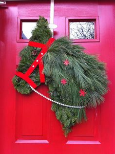 An equestrian spin to a holiday favorite! #LovesHorses Cute idea for a barn door.....