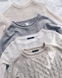L'envie du moment : une collection de pulls en cachemire et en laine.
