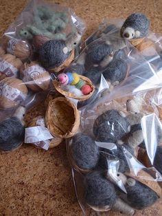 Walnut Shell Crafts, Pinecone Ornaments, Acorn, Pine Cones, Felting, Dolls, Christmas, Animals, Felt Fairy