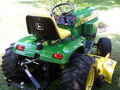 John Deere 400 John Deere Garden Tractors, Lawn Tractors, Small Tractors, John Deere 400, John Deere Mowers, Zero Turn Mowers, John Deere Equipment, Antique Tractors, Hobby Farms