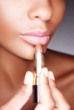 HowTo Apply Lipstick Like a Pro!