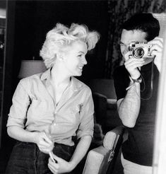 Say cheese Miss Marilyn !