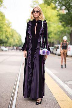Candela Novembre poses wearing Fendi after the Fendi show during Milan Fashion Week Spring/Summer 2017 Abaya Fashion, 70s Fashion, Runway Fashion, Fashion Dresses, Milan Fashion Week Street Style, Milan Fashion Weeks, Fancy Dress Design, Abaya Designs, Mode Hijab