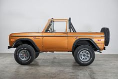 1972 Ford Bronco, Beach Series Edition http://classicfordbroncos.com/past-builds.html https://www.facebook.com/classicfordbroncos #classicfordbroncos #cfb #classic #ford #fordbronco #bronco #vintage #restoration #classicsuv #classiccars #bronze #country #dirtroads #beach #cruisin #beachseries