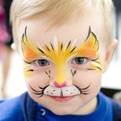 Cats face paint artists 40 ideas face painting can be incredibly simple and fun if you have a few tricks up your sleeve we ll give you face painting tips to make it a success! Lion Face Paint Easy, Kitty Face Paint, Cat Face, Face Painting Tutorials, Face Painting Designs, Paint Designs, Girl Face Painting, Body Painting, Tinta Facial