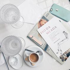 Hoje o dia começou com muito conhecimento no @iguatemisp  Uma palestra sobre o Verão 2018 com um dos maiores nomes da moda a trend hunter holandesa Li Edelkoort. #FiodaMeada é uma iniciativa de reflexão sobre a moda para comerorar os 50 anos do Iguatemi. Parabéns pela iniciativa por trazer grandes nomes da moda nacional e internacional. Vai até 28/10 e da para se inscrever no  http://ift.tt/2e3ACrH #trendunion #trendhunter #iguatemi50anos #viveremaravilhoso #valeapena