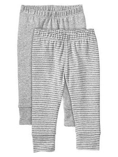 Recommended: Leggings or pull-on pants (5-7): Separates allow you to change one piece of dirty clothing without assembling a whole new outfit, so they're useful to have on hand. Look for stretchy waistbands that fit easily over your baby's diaper and belly – and expand as s/he gains weight.
