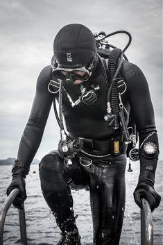 #scubadivingequipmentwetsuit