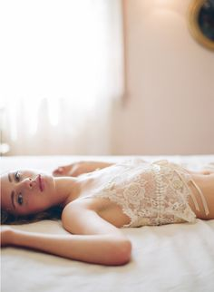 Perfect light - natural light diffused by a lace curtain. #inspiration #fotoclasses