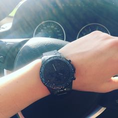 Jacques Lemans La Passion woman style fashion musthave #jacqueslemans #meetyBRAND #woman #BMW #fashion #watches