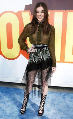 Hailee Steinfeld from 2015 MTV Movie Awards: Red Carpet Arrivals   E! Online