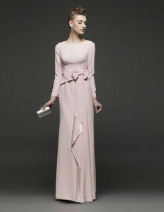 San Valentín nos trae una romántica selección de modelos de fiesta   Rosa Clará