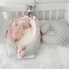 Modastra Gri Beyaz Yıldız Desenli Babynestr Set ve Emzirme Yastığı