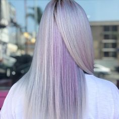 30 trendy lavender hair ideas to play around with page- 10 ~ mantulgan. Hair Color Pink, New Hair Colors, Brown Hair Colors, Purple Hair, Pink Purple, Lavender Highlights, Brown Hair With Highlights, Short Straight Hair, Straight Hairstyles