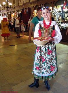 Krakow Poland, Folklore, Polish, Style, Fashion, Swag, Moda, Vitreous Enamel, Fashion Styles