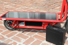 Solar Electric Scooter takes a shine to green transport via @CNET