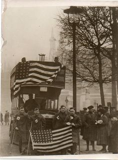 Doughboys in London, July 4, 1918.