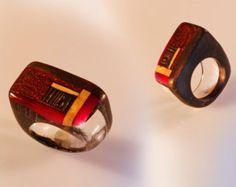 Anello in tasselli di legno e vetro organico trasparente e fucsia, anello in ebano artigianale, gioiello artistico. Anello scultura - Modifica inserzione - Etsy