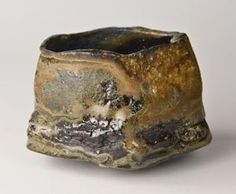 Exhibition of Chawan click the image or link for more info. Japanese Ceramics, Japanese Pottery, Pottery Plates, Ceramic Pottery, Pottery Sculpture, Ceramic Pots, Chawan, Pottery Designs, Tea Bowls