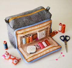 The all in one box pouch PDF sewing pattern by comfortstitching