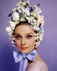 Audrey Hepburn photographed by Cecil Beaton, Happy Easter to everyone who celebrates! Audrey Hepburn, Flower Hats, Flower Crown, Floral Fashion, Vintage Fashion, Women's Fashion, Fashion Today, Cecil Beaton, First Day Of Spring