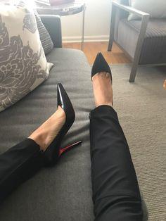Sexy Legs And Heels, Hot Heels, Sexy High Heels, Womens High Heels, Shoes Heels Pumps, High Heels Stilettos, Stiletto Heels, Pictures Of High Heels, Beautiful High Heels