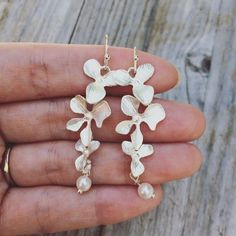 Orchid Earrings www.LunaSavita.com #etsy #etsyseller #etsyshop #etsyfinds #ootd #jewelry #picoftheday #photooftheday #pickoftheday #style #shopsmall #shophandmade #handmade #giftsforher #earrings #earringlove #fashion #perfectgifts #gifts #bestfriendgifts #wedding #weddingearrings #floral #orchid #bridesmaidearrings #pearl #pearlearrings #bridesmaid #bridal #bridalearrings