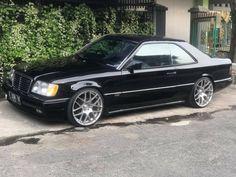 Mercedes Benz C180, Europe Car, Old Sports Cars, Lowrider Trucks, Merc Benz, Mercedez Benz, Classy Cars, Classic Mercedes, Benz Car