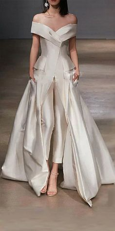 Discount Women Jumpsuit With Long Train Wedding Dresses 2018 White Off Shoulder Sweep Train Elegant Zuhair Murad Bridal Dress Vestidos Festa Wedding Dresses For Brides Wedding Dresses Price From Alegant lady 149 9 Evening Dresses With Sleeves, Women's Evening Dresses, Sexy Dresses, Beautiful Dresses, Fashion Dresses, Prom Dresses, Formal Dresses, Elegant Dresses, Evening Outfits