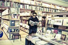 Lenny Kravitz reading! *swoons*
