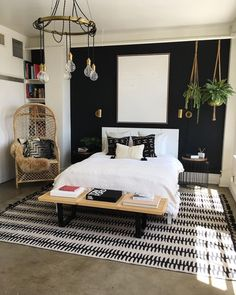 49 Lovely Black Accent Walls Bedrooms Ideas Black bedroom walls make a huge impact in the space but you want to make sure that it is making […] Stylish Bedroom, Modern Bedroom, Bedroom Black, Contemporary Bedroom, Black Bedrooms, Charcoal Bedroom, Home Bedroom, Bedroom Decor, Bedroom Ideas