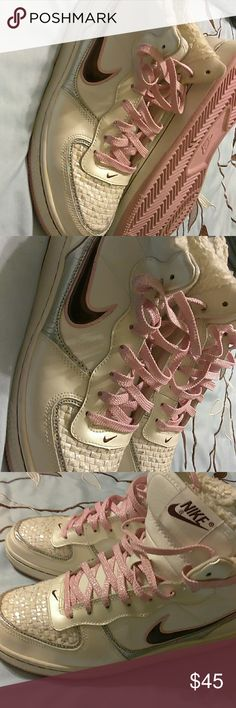 Sport nike tenis shoes Really cute white and pink nike tennis shoes, use a couple times, has some silver design at front, excellent condition Nike Shoes Athletic Shoes