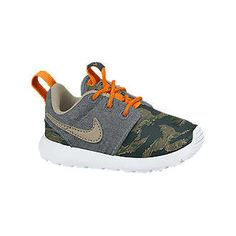Boys Shoes, Sneakers & Cleats. Nike.com
