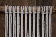 Kaarnan katveessa: Kuvalliset ohjeet: makramee seinävaate Textile Fabrics, Diy And Crafts, Mandala, Creative, Home Decor, Spa, Crafting, Challenges, Curtains