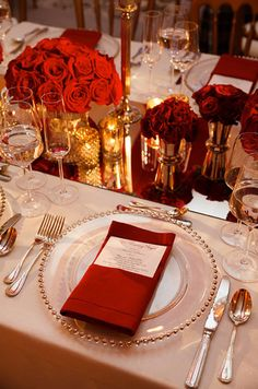 Cool Castle wedding venues - Gold and red rose detail | CHWV. Gorgeous styling for a #castle #wedding.