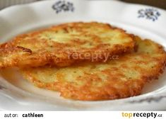 Bramborové placky s cibulí recept - TopRecepty.cz Macaroni And Cheese, French Toast, Hamburger, Pizza, Potatoes, Cooking, Breakfast, Ethnic Recipes, Food