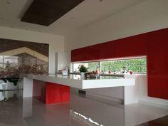 Cocina roja: Cocinas de estilo moderno por AParquitectos