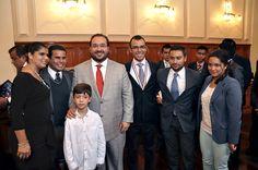 El gobernador Javier Duarte de Ochoa al entregar el Premio Estatal de la Juventud, aseguró que Veracruz tiene futuro porque en las próximas generaciones está asegurado nuestro progreso, desarrollo y prosperidad, por ello, la juventud se encuentra en el centro de todos nuestros esfuerzos como gobierno.